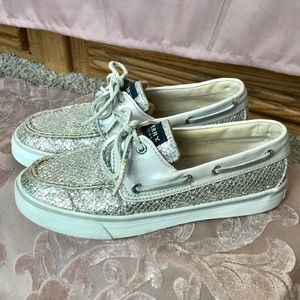 Speedy Top Sider Silver Sparkly Sequon Sneakers
